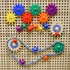 STEM Wall 39 Piece Gears and Chain Set